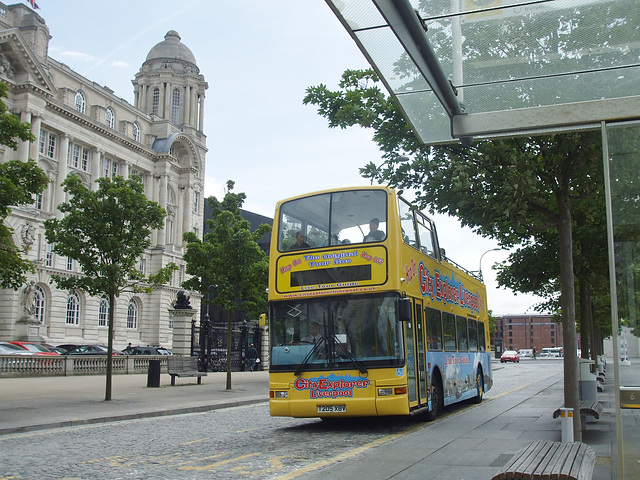 DSCF7923 Maghull Coaches T205 XBV in Liverpool - 16 Jun 2017