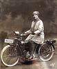1905 - 1910 Meine Oma faehrt Motorrad  (Triumph)...