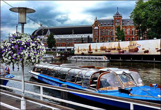 Amsterdam (208)