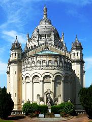 FR - Lisieux - Sainte-Thérèse basilica