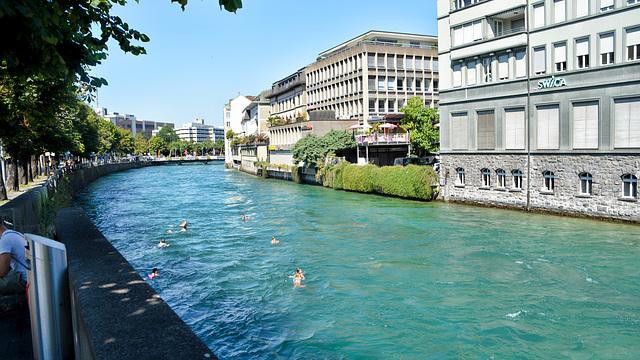 Aare Fluss in Thun