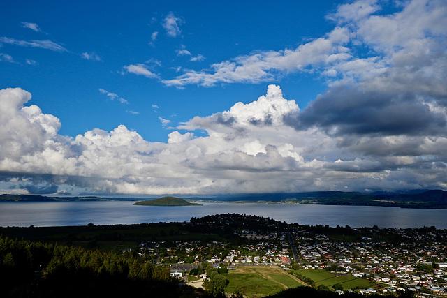 T0A1771-Lac de Rotorua P.I.P