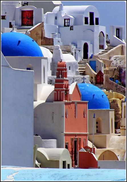 Santorini : Oia - Tante chiese e tante scale - (967)