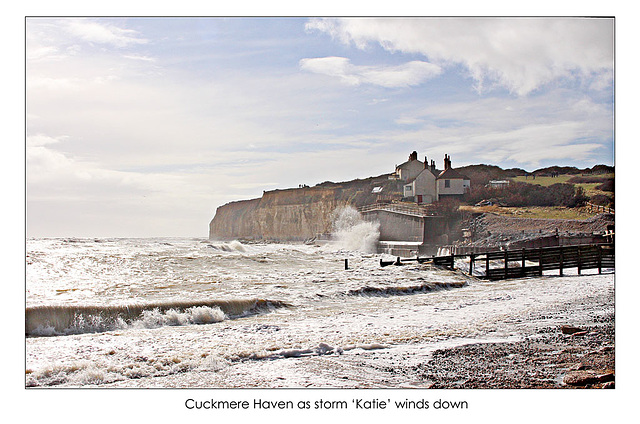 Cuckmere Haven as storm Katie winds down - 28.3.2016