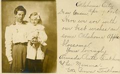 Armada and Her Mamma with Oklahoma Apple Blossoms, Oklahoma City, Okla., 1906