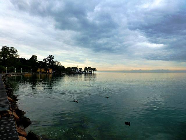 IT - Bardolino - Spaziergang am See