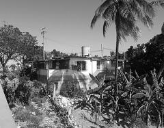 Casa al puente / La maison du pont