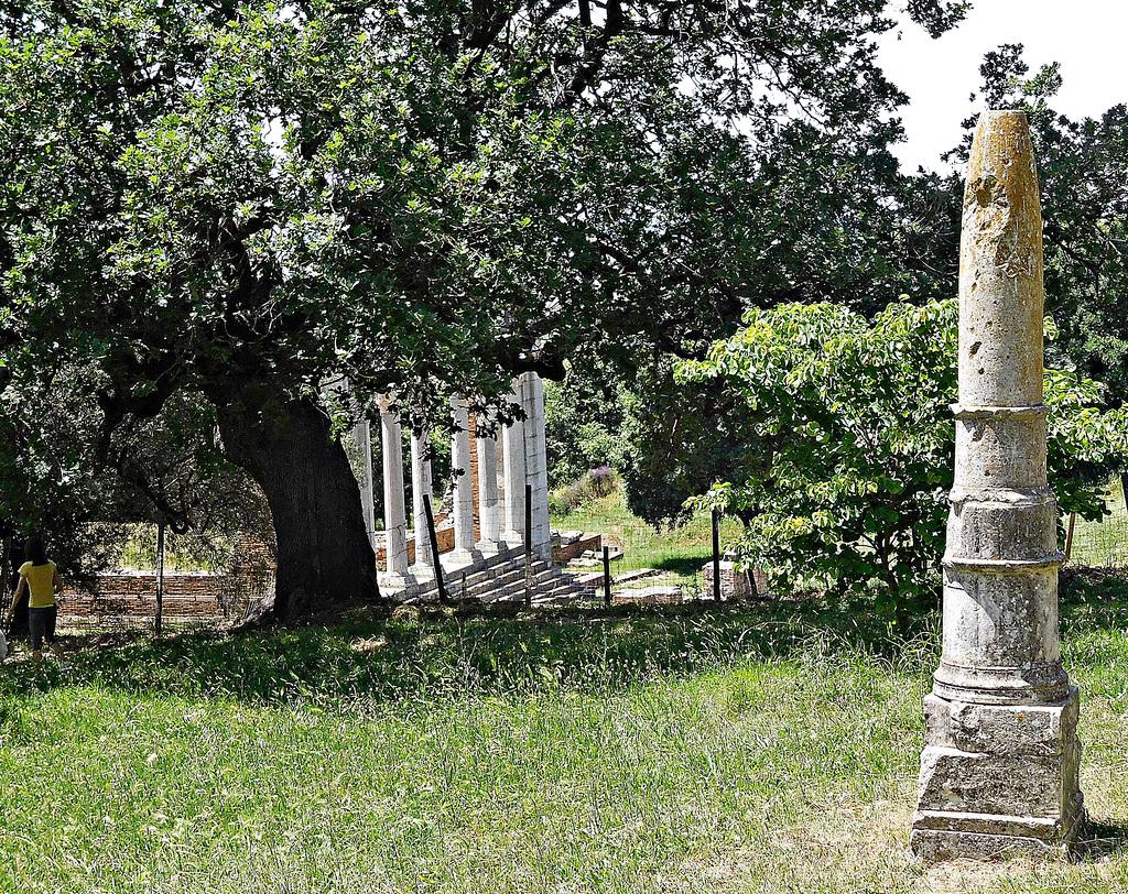 Roman remains at Apollonia