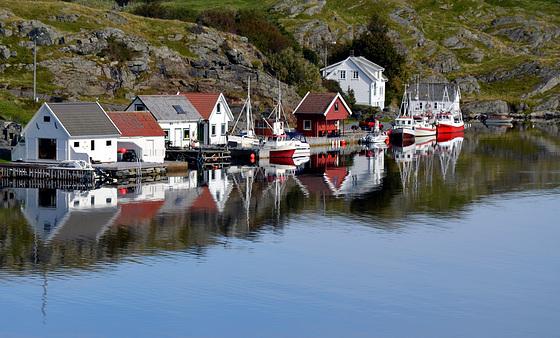 Fiskebåter på Låder.  2nd  place SPC July 2020 - Reflections