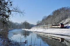 Lunéa vide dans la neige