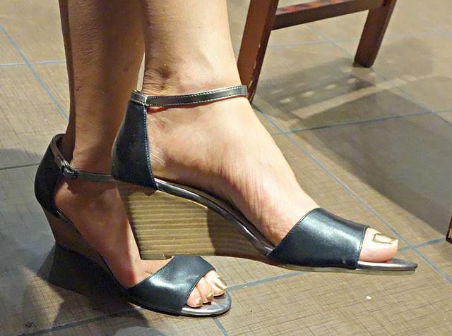 cole haan wedge heels (F)