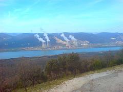Vue sur les centrales nucléaires de Cruas (26)
