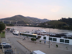 Cruise boats and Douro River.