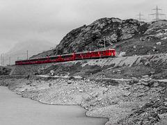 Mit der Bernina-Bahn in den Alpen