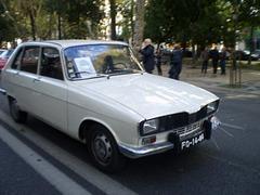 Renault 16 (1975).