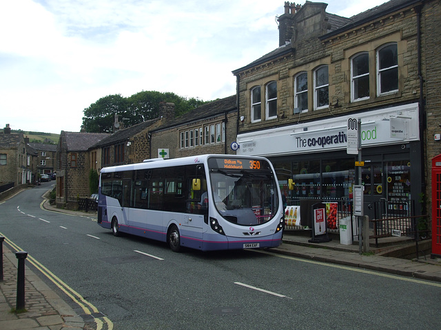 DSCF0754 First Manchester SN14 EAF in Delph
