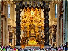 Vaticano : Il prestigioso altare della Basilica di San Pietro