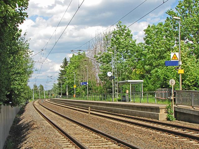 Haltepunkt Schweinsburg-Culten an der Bahnlinie Leipzig - Hof