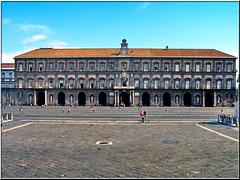 Napoli: Palazzo Reale e piazza Plebiscito - (833)