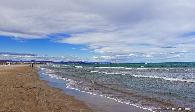 am Strand von Valencia (© Buelipix)