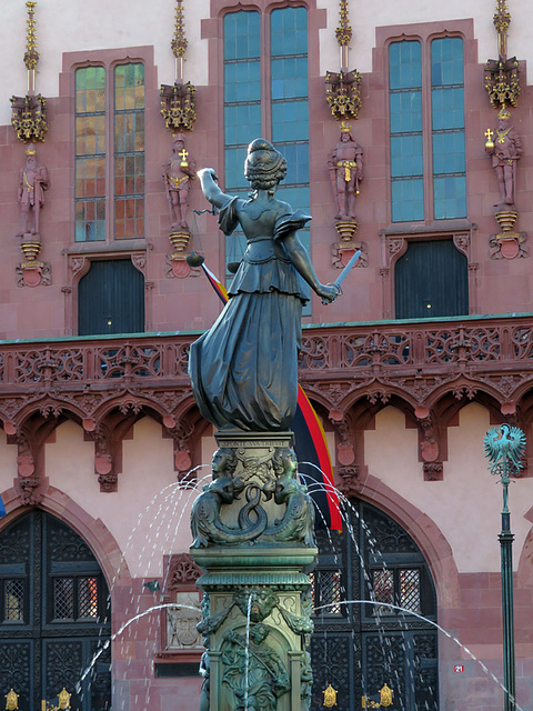 Justitiabrunnen