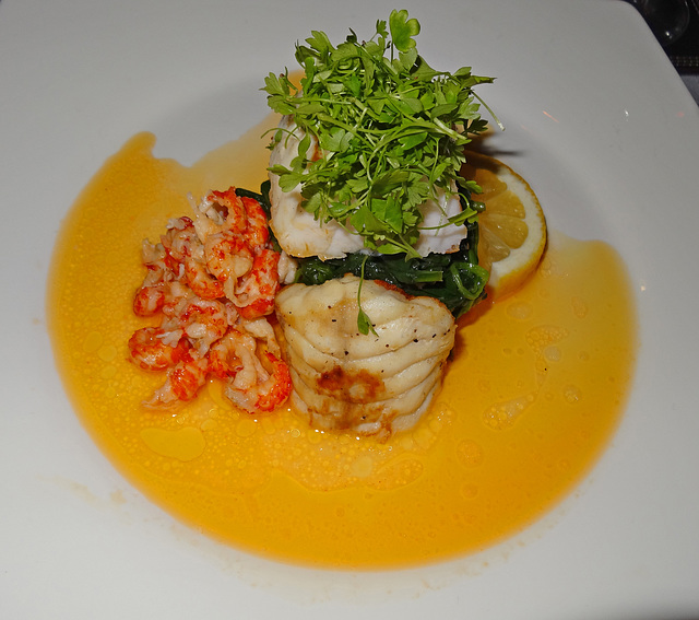 Monkfish with crayfish with a butter sauce