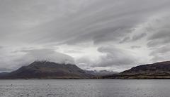 Raasay: Laminated wave clouds and cap cloud over Glamaig
