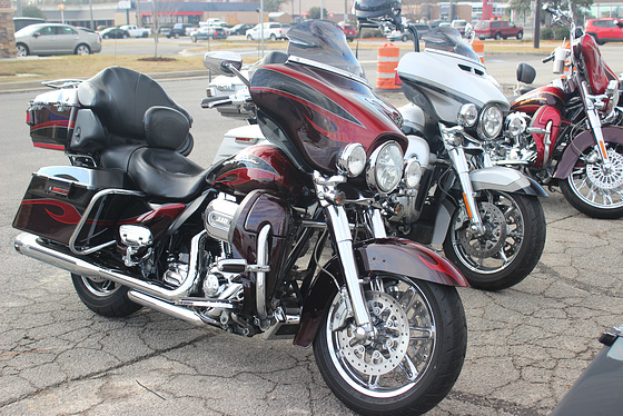 Two-wheel beauties for Steve Drury, Peter PB and Fusun  ~~   Vroom vroom:))   ( 1 )