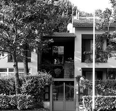 through and through balcony (PIP)