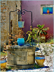 Un cortile nel centro storico di Rodi - (616)