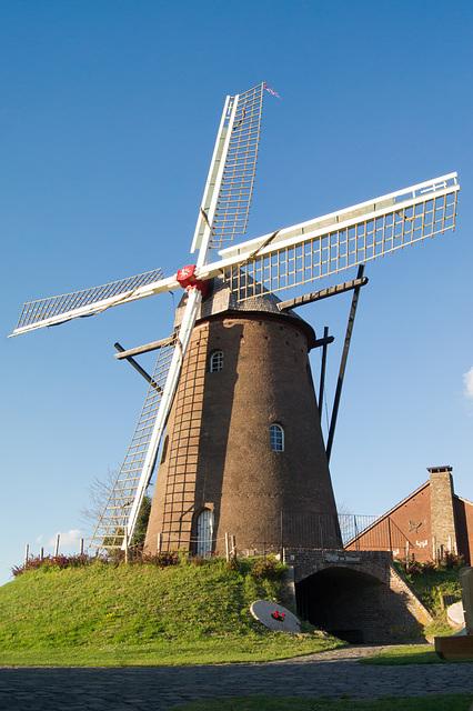 Emmerich - Gerritzens Mühle auf dem Möllenbölt DSC01604