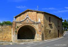 Fontanile in via Dante Alighieri, 118 - San Quirico d'Orcia - SI