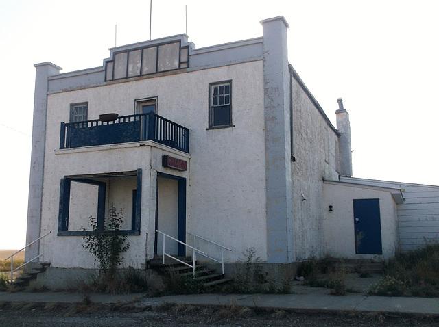 Saloon désert / Very quiet saloon