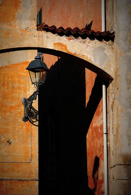 Il Lampione e la sua ombra