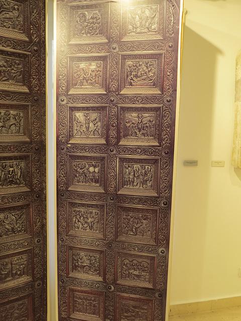 Musée de la ville de Split :  fac similé des portes de la cathédrale, 1