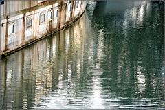 Fin de journée au bord du canal