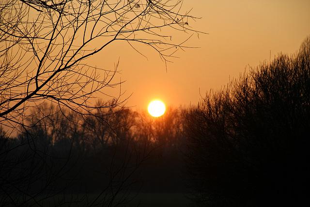 Erster Sonnenuntergang im Neuen Jahr