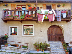 Jouvenceaux : Una casa nel centro storico restaurato (753)