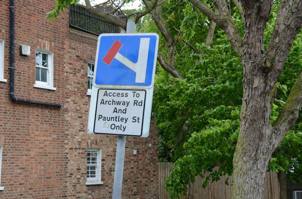 Access to Archway Rd and Pauntley St only