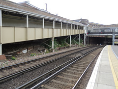 west croydon station, london