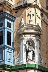 Corner Saint
