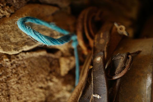 Penedos, Blue rope
