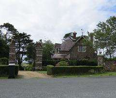 bull and bear lodge, membland estate, devon