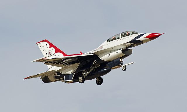 USAF Thunderbird General Dynamics F-16C Fighting Falcon #3