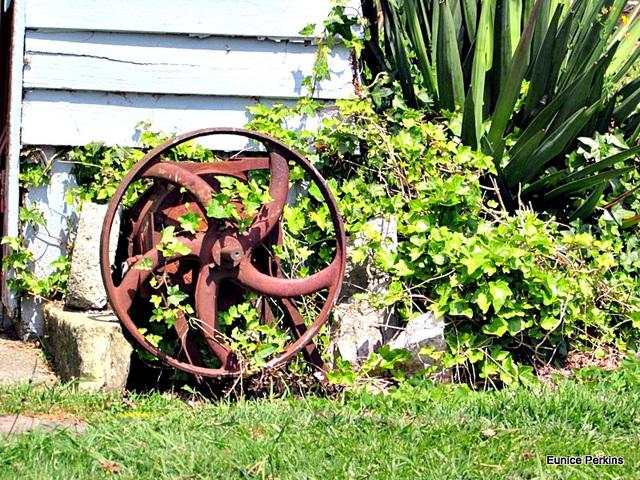 An Old Wheel.
