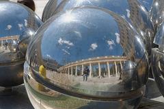 """Sphères de Pol Bury (""""Sphérade"""")"""