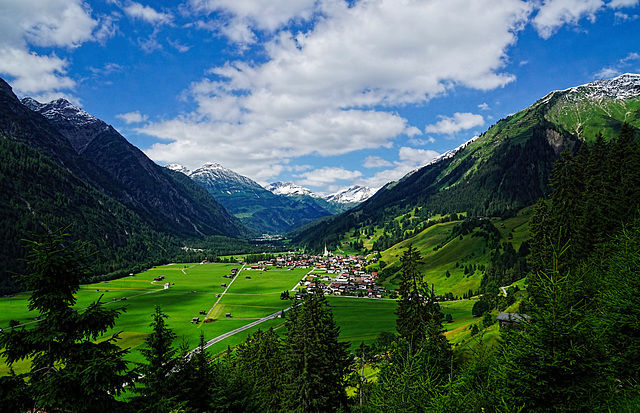 Ein Sommertag in Tirol - A summer day in Tyrol