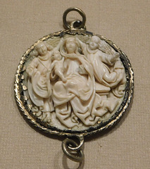 Pendant with the Coronation of the Virgin in the Cloisters, October 2017