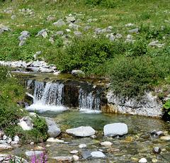 SAVOIE : PETITE CASCADE/ SMALL WATERFALL