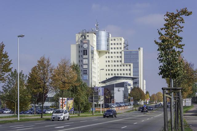 (286/365) Solaris-Turm